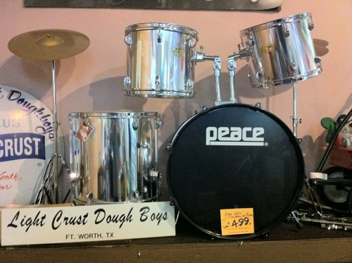 New 5-piece stage drum set with cymbals and throne